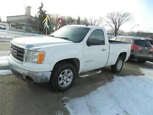 2007 GMC Sierra 1500 LOADED 2 WHEEL DRIVE S/BOX