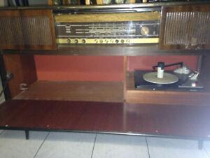 ca. 1965 Big grundig radio