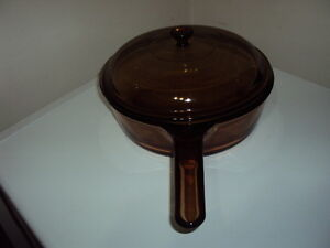"""Beautiful Amber Color,10"""" Corning-Vision-Ware Skillet With Lid !"""