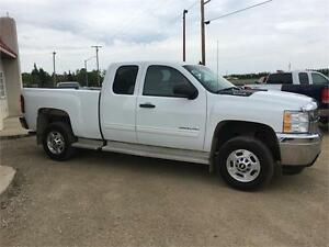 11 Chev Silverado 2500HD LT Financing and Warranty Certified