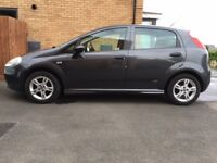 Fiat Punto Active - Ideal for all first time buyers due to cheap insurance.