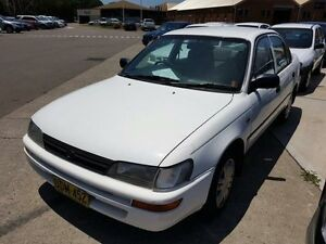 1996 Toyota Corolla AE102R Conquest White 4 Speed Automatic Sedan Georgetown Newcastle Area Preview