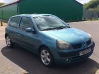Renault Clio 2002, excellent condition for age, great runner! 2 owners. Full 12 months MOT.