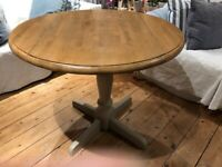 Compact Pedestal dining Table with drop leaves