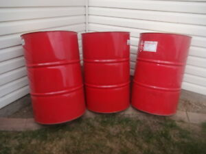 Clean 45 gallon steel oil drums for sale