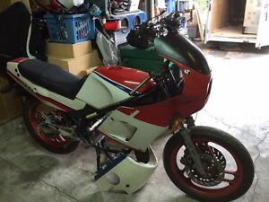 1989 RZ350 PARTS OR PROJECT BIKE