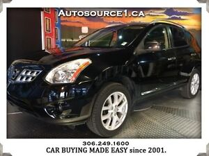 2011 Nissan Rogue SV Sunroof! Warranty! New Tires & Brakes!