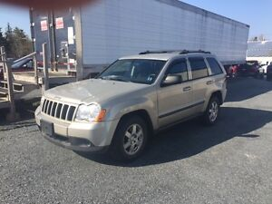 2009 Jeep Grand Cherokee Laredo SUV, Crossover