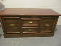 HUPPE Cedar Chest (from Victoriaville, QC)
