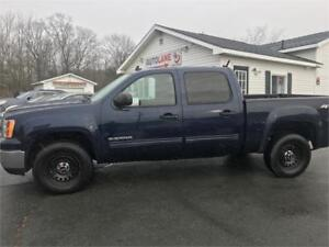 2010 GMC Sierra Four Door 4x4 Ready to go!