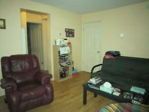 08-049 Bright, upgraded lower flat in North End Hfx  Heat Incl!!
