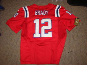 #12 TOM BRADY NEW ENGLAND PATRIOTS RETRO RED JERSEY SIZE LARGE