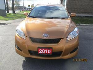 2010 TOYOTA MATRIX XR AUTO ONLY 90000KMS ..CLEAN CARPROOF