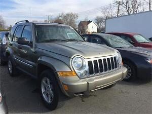 JEEP LIBERTY IMPPECABLE 4X4 COMME NEUF  financement maison 100%