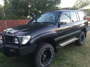 2002 TOYOTA LANDCRUISER GXL 4.5 PETROL /LPG WAGON AUTO (BLACK) Rochedale South Brisbane South East Preview