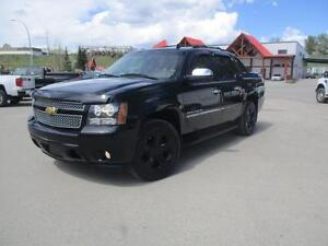 2012 Chevrolet Avalanche LTZ Navigation Sunroof Tow Package
