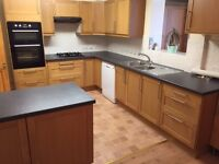 NICE 4 BED HOUSE - EDMONTON - NO DSS