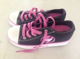 Heelys Shoes Size UK 4 for Girls