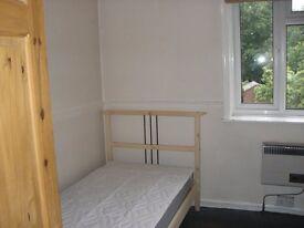 Single room to let in SE6 Bellingham