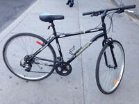 well condition bike for sell/ velo hybride