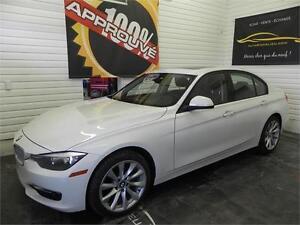 2013 BMW 320I i xDrive *Modern line*Gps*Toit*Cuir*Mags*