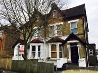 Newly Refurbished 3 double bedrooms with 2 En-Suites Split Level Flat In West Norwood