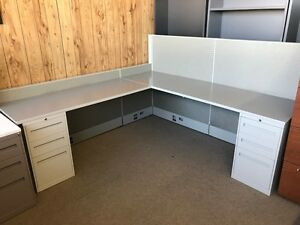 CUBICLES, Global workstations, 7 x 7 or 5.5 x 5.5 only $450