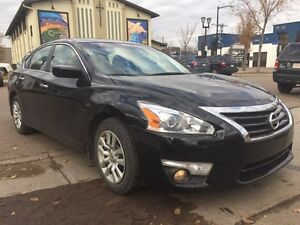 2014 Nissan Altima 2.5 SV Very Clean!!