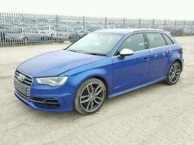 Audi S3 2014 sportback breaking front End doors mirrors