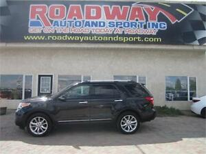 2013 Ford Explorer XLT 4x4 Leather  Roof  Nav  PST Paid!
