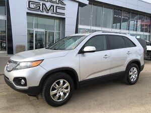 2013 Kia Sorento LX - AWD! Ready For Road Trips!