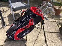 Golf Clubs - Wilson fat shaft iron set with hybrid fairway wood & putter
