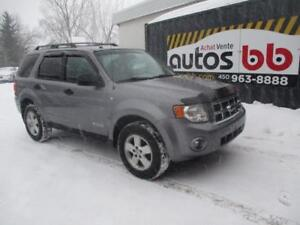 2008 Ford Escape XLT ( 4x4 4WD - PROPRE )