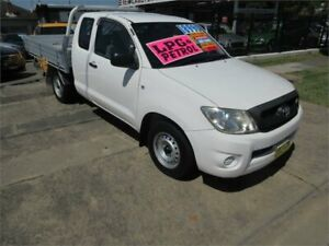 2011 Toyota Hilux GGN15R MY11 Upgrade SR White 5 Speed Automatic Cab Chassis