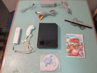 Black Nintendo Wii System Complete with 1 Controller & 2 Games