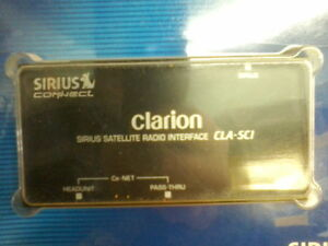 interface radio satellite Sirius XM pour radio CLARION CeNet