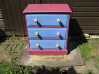 Chest of drawers West Ham themed