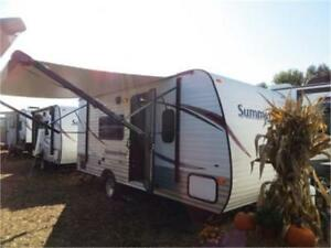 2015 Summerland 1700FQ (Couples Plan)