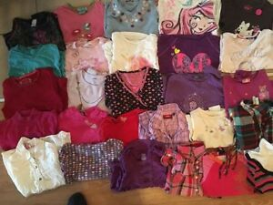 A big lot of fall/winter girl's clothes size 6 and 7y. AVAILABLE