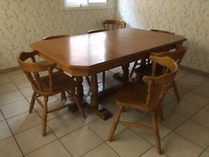 BARGAIN!! Solid wood, Canadian made dining room table for sale!