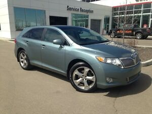 2009 Toyota Venza AWD, Navi, Backup Cam, Leather Heated Seats, P