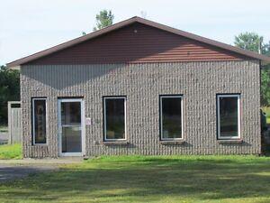Showroom, Office, Warehouse, Contractors Unlimited parking