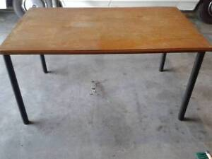 Dinning Table With 4 x Chairs $30 Albion Brisbane North East Preview