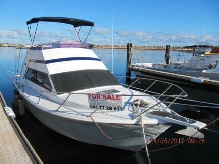 Fury 32 flybridge cruiser for sale price reduced
