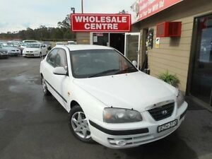 2004 Hyundai Elantra XD 2.0 HVT White 4 Speed Automatic Sedan Edgeworth Lake Macquarie Area Preview