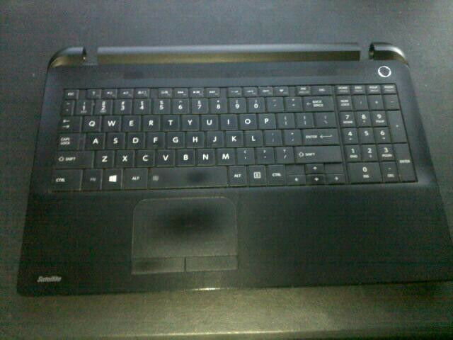 Toshiba Satellite C55T-B5109 SOLD AS-IS for Parts - LCD Assembly not included