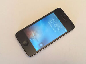 iPhone 4S 16GB Black for Rogers and Chatr with Accessories $100