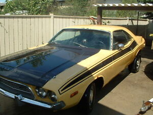 1973 Challenger and 440 6 pack engine