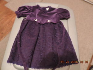 Girl's Size 12-18months Party Dresses & Tights London Ontario image 2