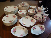 Royal Albert Prairie Rose Fine Bone China Set